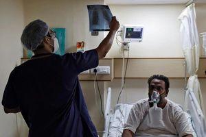 Ấn Độ huy động bác sĩ, y tá thực tập cùng chống COVID-19