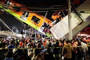 Khung cảnh tàu điện trên cao rơi xuống ở Mexico