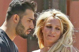 'Không ai biết chuyện gì đã xảy ra với Britney Spears'