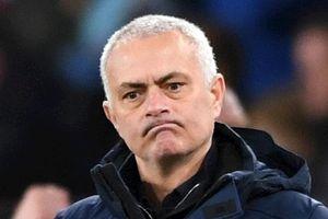 Son Heung-min: 'Rất buồn cho Jose Mourinho'