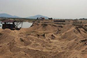 Xử phạt doanh nghiệp vi phạm khai thác cát ở Sơn Giang