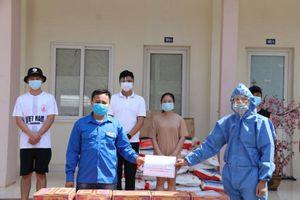 Đại sứ quán hỗ trợ sinh viên Việt Nam tại Lào vượt dịch Covid-19