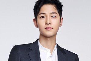 Song Joong Ki xin lỗi vì lùm xùm quảng cáo đồ ăn Trung Quốc trong phim