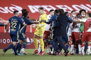 Những trận đấu 'nhuốm mùi bạo lực' của bóng đá châu Âu