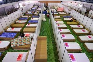 Số ca nhiễm Covid-19 leo thang, Thái Lan lập bệnh viện dã chiến cho bệnh nhân nặng