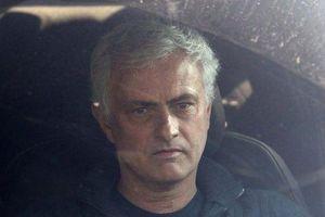 Mourinho tìm được bến đỗ mới sau khi bị Tottenham sa thải
