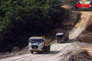 Tăng tốc thi công, lộ diện hình hài cao tốc Cam Lộ - La Sơn