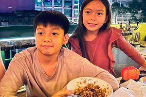 Subeo nhà Hồ Ngọc Hà cùng con gái Đoan Trang chiếm trọn 'spotlight' khi chung khung hình với bố mẹ