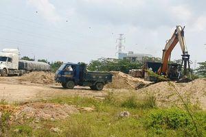 Đà Nẵng: Yêu cầu kiểm tra, xử lý bãi cát khủng ảnh hưởng ATGT
