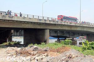 Phát hiện một thi thể nam giới bị cháy dưới chân cầu Đồng Nai