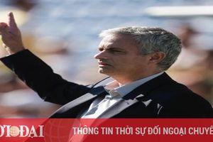 Trở lại Serie A, HLV Mourinho ký hợp đồng 3 năm với Roma