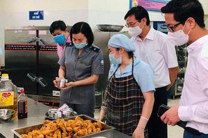 Hà Nội sẽ tăng cường hậu kiểm về an toàn thực phẩm trong tình hình mới