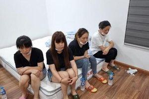 Hà Nội: Nhóm 12 người Trung Quốc nhập cảnh 'chui', cố thủ tại chung cư