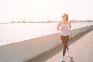 Những lưu ý khi luyện tập thể dục vào thời tiết nắng nóng