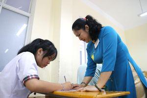 Tuyển sinh lớp 10: Trường tốp đầu tỉ lệ 'chọi' vẫn cao