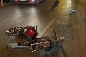 Tài xế phóng xe bỏ chạy sau khi tông chết nữ sinh