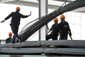 Bộ Công Thương: Không có chuyện doanh nghiệp thép bắt tay nâng giá