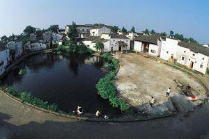 Hơn 600 năm không ai dám bước vào làng Bát Quái vì lí do này
