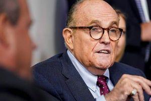 Đồng minh ông Giuliani thúc giục cựu Tổng thống Trump hỗ trợ cuộc chiến pháp lý