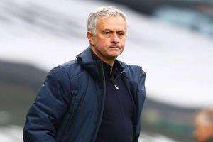 Jose Mourinho chính thức dẫn dắt AS Roma mùa tới