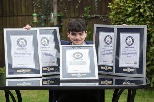 'Thiên tài' trẻ nhất nước Anh sở hữu 5 kỷ lục thế giới