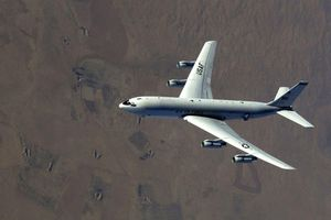 Mỹ triển khai máy bay do thám áp sát Triều Tiên