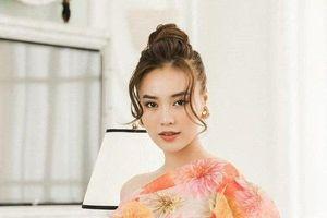 Ninh Dương Lan Ngọc nhận 'kết đắng' khi mời mọi người đề thơ
