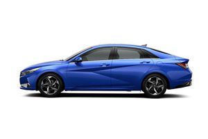 'Soi' Hyundai Elantra 2021 phiên bản rẻ nhất