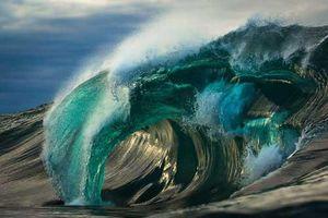Dành 6 năm trời để chụp những bức ảnh 'con sóng' tuyệt đẹp