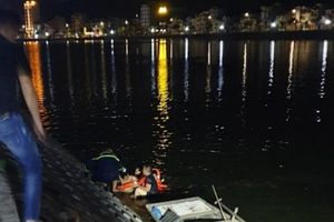 Công an vật lộn đưa nhân viên rửa xe say rượu lặn ngụp dưới hồ lên bờ