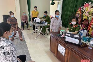 Phòng, chống dịch COVID-19 tại các điểm cấp thẻ căn cước công dân gắn chíp