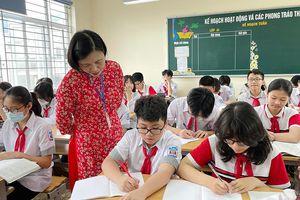 Xây dựng đội ngũ nhà giáo vừa 'hồng' vừa 'chuyên'
