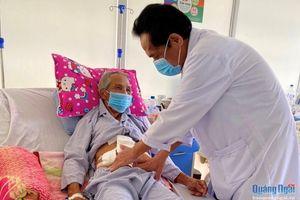 Phẫu thuật cấp cứu thành công ca tắc ruột do u dạ dày xâm lấn