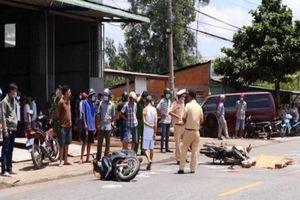 Tai nạn liên hoàn trên QL53, người đàn ông tử vong dưới bánh xe buýt