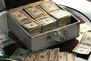 Tỷ giá USD hôm nay 5/5: Đồng USD tăng vọt