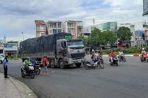 Tai nạn giao thông mới nhất hôm nay 6/5: Xe tải va chạm với xe máy, một học sinh lớp 12 tử vong