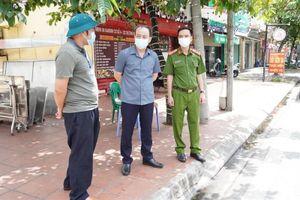 Hải Dương: Phê bình 2 Chủ tịch phường vì lơ là chống dịch