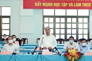 Chủ tịch nước làm việc với các huyện Củ Chi và Hóc Môn