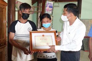 Truy tặng Bằng khen của Bộ GD-ĐT cho học sinh Lương Mạnh Tuấn