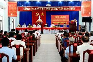 Thượng tướng Trần Quang Phương dự tiếp xúc cử tri tại huyện Ba Tơ, tỉnh Quảng Ngãi
