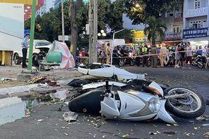 Nữ tài xế đạp nhầm chân ga, xe tô tô lao lên vỉa hè gây tai nạn liên hoàn