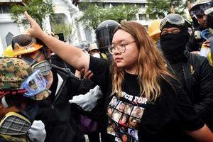 Sinh viên Thái Lan bị tù giam vì xúc phạm nhà vua sẽ được tại ngoại