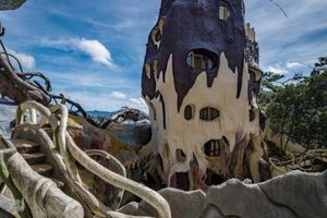 Câu chuyện đằng sau 'Ngôi nhà điên' ở Đà Lạt