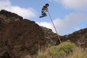 Môn thể thao dân gian táo bạo ở Quần đảo Canary: 'Bước nhảy của người chăn cừu'