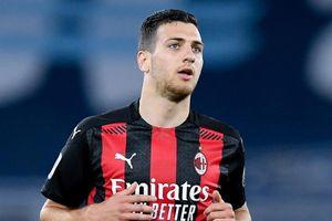 MU bán đứt trò cưng của Mourinho cho AC Milan