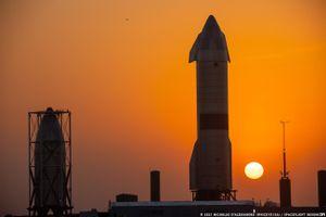 SpaceX thử nghiệm hạ cánh thành công tàu vũ trụ con thoi Starship