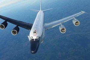 Không quân Vũ trụ Nga tống tiễn trinh sát cơ RC-135 về 'sân bay quê nhà'
