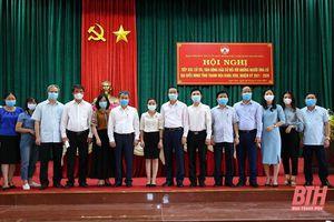 Chủ tịch UBND tỉnh và các ứng cử viên đại biểu HĐND tỉnh tiếp xúc cử tri thị xã Nghi Sơn