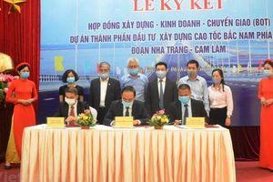 Ký hợp đồng dự án PPP đầu tiên tuyến cao tốc Bắc - Nam