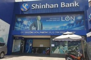 Khẩn cấp tìm người đến phòng giao dịch Tân Bình của ngân hàng Shinhan